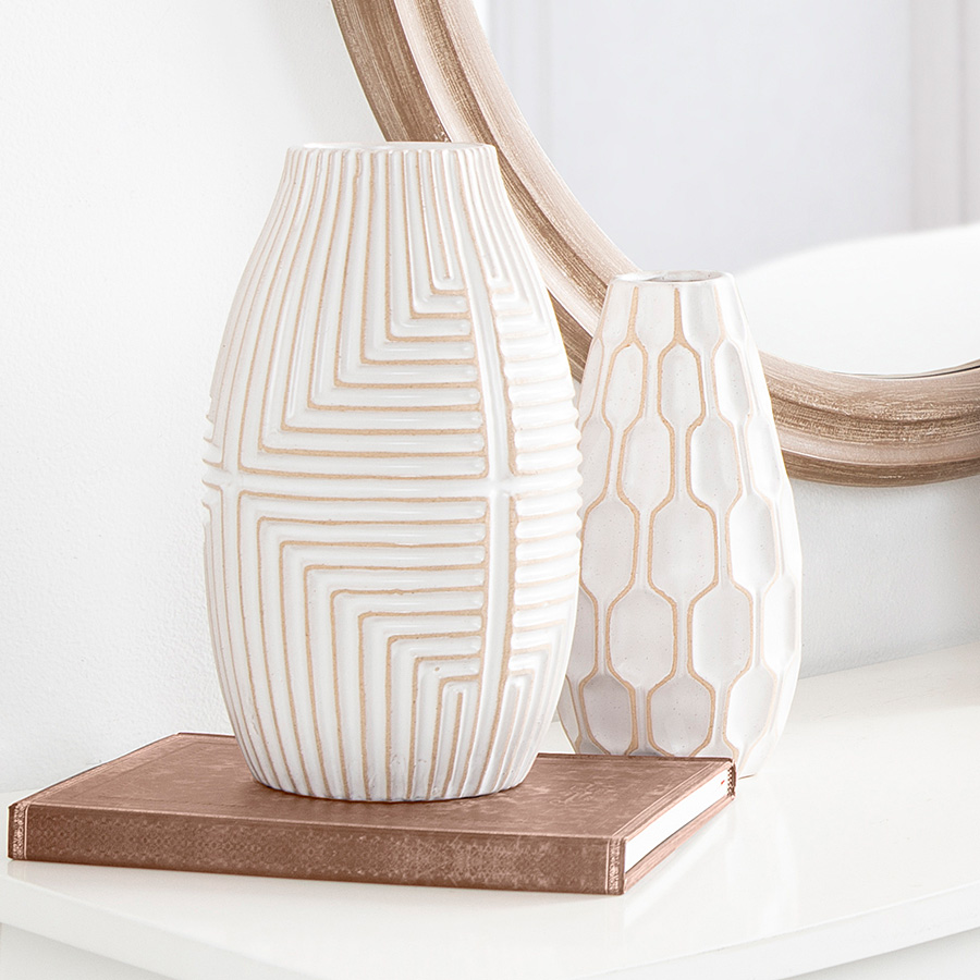 White and tan vases